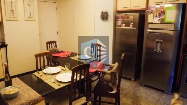 apartamento original de 4 quartos ( 1 quarto retirado para ampliação da sala) - todo piso...